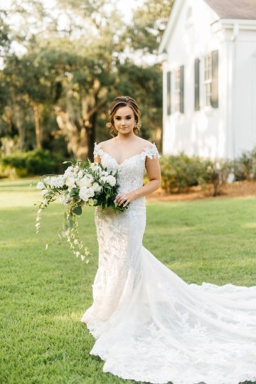 Magical Intimate Southern Wedding Under The Oak Trees – Pure Luxe Bride – Lydia Ruth Photography 28