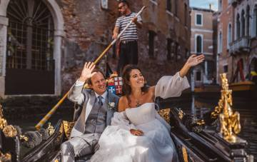 Iconic Venice Wedding With Our Dream Dress Of 2020
