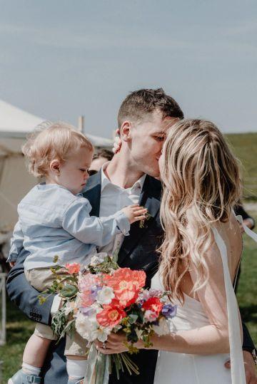 Pretty Meadow Wedding in the Czech Republic – Carols Darkroom 25