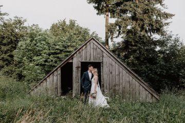 Pretty Meadow Wedding in the Czech Republic – Carols Darkroom 9