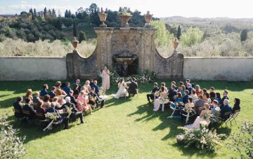 A Romantic & Intimate Tuscan Villa Wedding