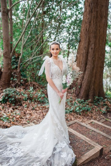 Maggie Sottero Pacific Northwest Beach Wedding Inspiration – Claire Eliza – Bridal Musings 26