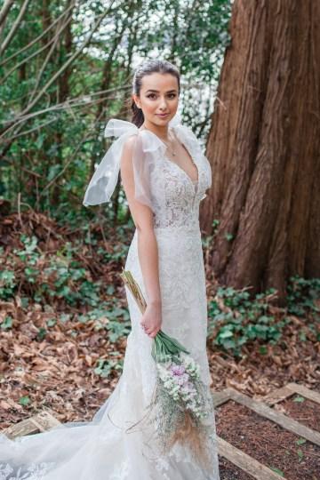 Maggie Sottero Pacific Northwest Beach Wedding Inspiration – Claire Eliza – Bridal Musings 29