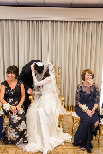 Ornate Jewish Ballroom Wedding with the Brides Grandmothers Wedding Dress – Danielle Harris Photography 50