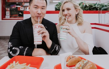 How To Tackle Wedding Planning On Weeknights