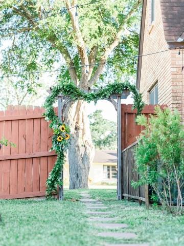Intimate Summer Cottage Wedding – Rachel Ann Media 4