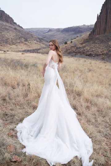 Wedding Postponement Guide – Gorgeous Allure Bridals Wedding Dresses for Your Bridal Photoshoot – 3354-AD1