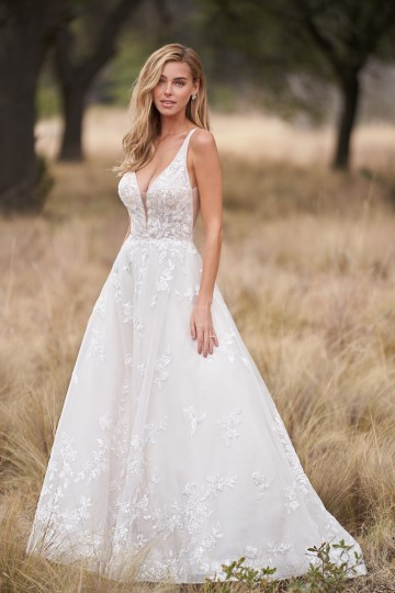Wedding Postponement Guide – Gorgeous Allure Bridals Wedding Dresses for Your Bridal Photoshoot – 9758-AD3