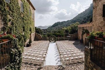 Stunning Rustic Mallorca Destination Wedding – Paco and Aga Photography 48