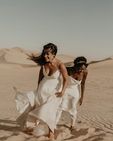 Desert Sand Dune Wedding Inspiration with Natural Hair Ideas for Black Brides – Tor Hawley – The LAW Bridal 20