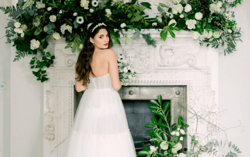 Fashionable English Wedding Inspiration At Pylewell Park