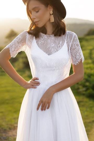 Feminine Simple Minimalistic Wedding Dresses by Mila Bridal 2020 2021 – Bridal Musings 27
