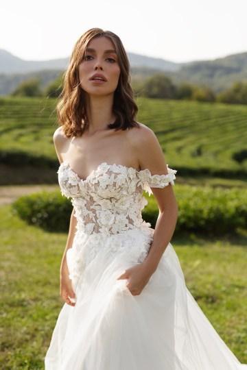 Feminine Simple Minimalistic Wedding Dresses by Mila Bridal 2020 2021 – Bridal Musings 3
