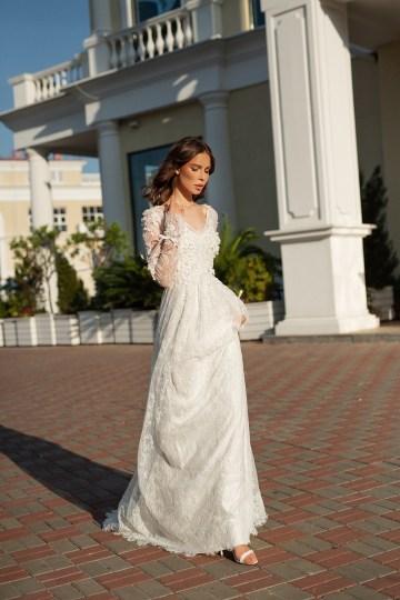 Feminine Simple Minimalistic Wedding Dresses by Mila Bridal 2020 2021 – Bridal Musings 37