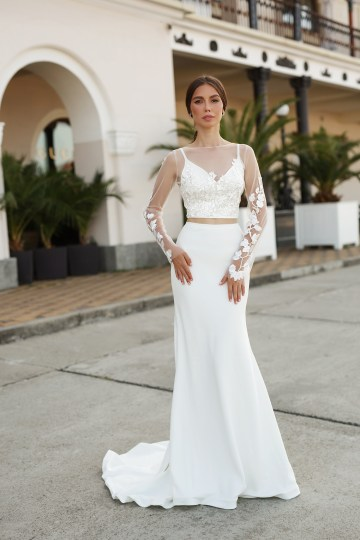 Feminine Simple Minimalistic Wedding Dresses by Mila Bridal 2020 2021 – Bridal Musings 52