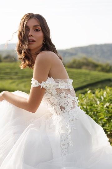 Feminine Simple Minimalistic Wedding Dresses by Mila Bridal 2020 2021 – Bridal Musings 6
