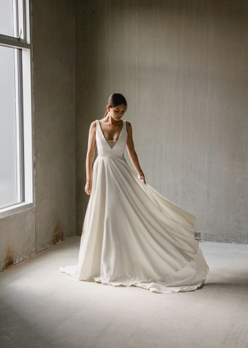 Modern Minimalist 2021 Wedding Dresses by Aesling Bride – Aurora Dress 6