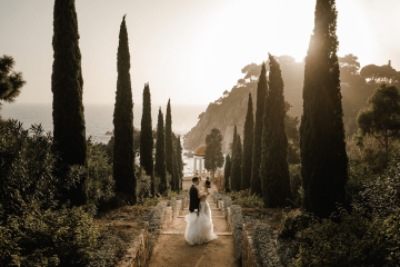 Romantic Spanish Destination Wedding in Barcelona – Andrea Ferrara 3
