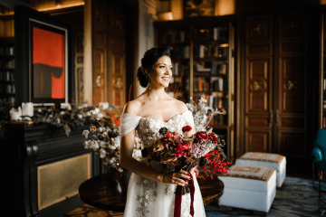 Romantic Spanish Destination Wedding in Barcelona – Andrea Ferrara 4