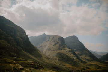 Stunning Scotland Highlands Elopement Inspiration – Alia PAIENDA – E and W Couture 1