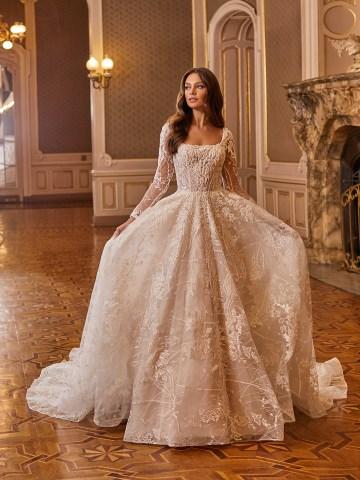 Extravagant Wedding Dresses for 2021 2022 – Val Stefani – Bridal Musings – D8275 A