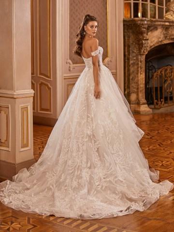 Extravagant Wedding Dresses for 2021 2022 – Val Stefani – Bridal Musings – D8278 B