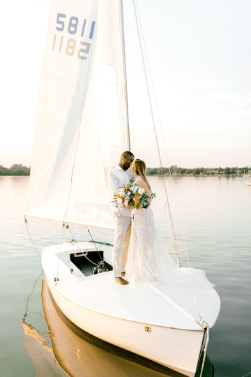 Simple Romantic Sunset Sailboat Elopement Inspiration – Lyndi Ruth Photography 19