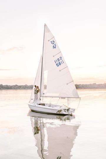 Simple Romantic Sunset Sailboat Elopement Inspiration – Lyndi Ruth Photography 29