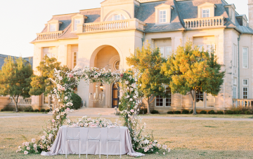 Plan Your Dream French Destination Wedding In Texas