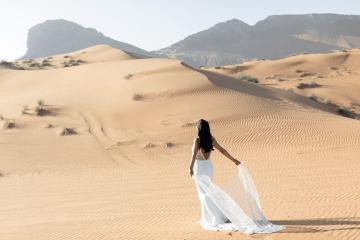 Chic Elopement in the Arabian Desert – Effleurer Photo 3