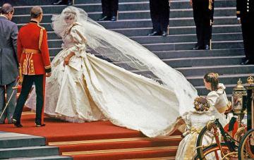 Taffeta Wedding Dresses Are Trending Again (& Finally Flattering!)