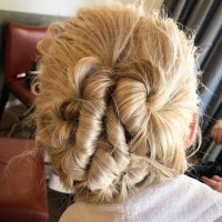 Try This Wedding Guest Hairstyle Inspired by the Oscars ...