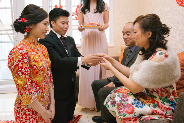 Chinese Wedding Gift Traditions: Chinese Wedding Traditions: Tea Ceremony