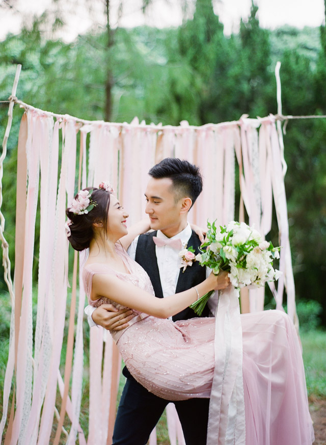 JennyTongPhotography-XingmaQuillage-MeadowsFlowers-FoiWedding-Editorial-Garden-prewedding-engagement-hongkong-007