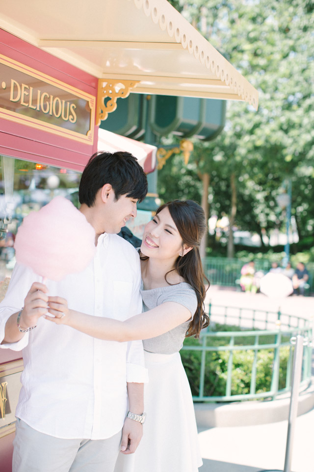 SavourProduction-hongkong-sweet-disneyland-prewedding-engagement-casual-005