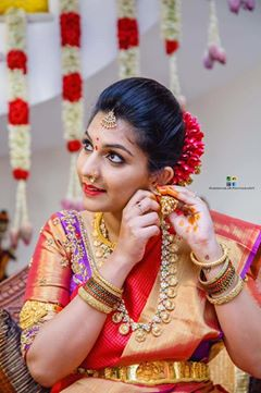 Look Flawless with Vijji Make-up Artistry!