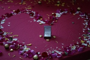 Cool Ways to Celebrate Your Engagement