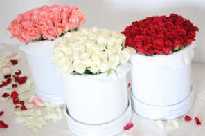 Top 3 favorite wedding gifts and wedding roses from Sweetflower