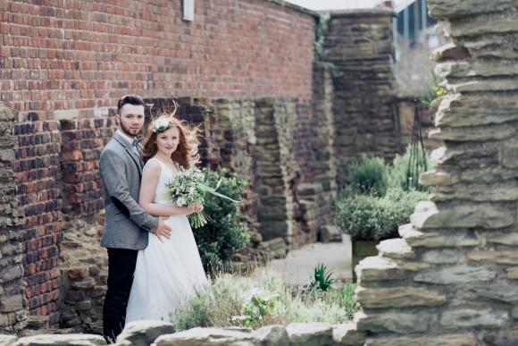 A Pretty Styled Shoot at Manor Lodge (c) Stu Ganderton Photography (9)