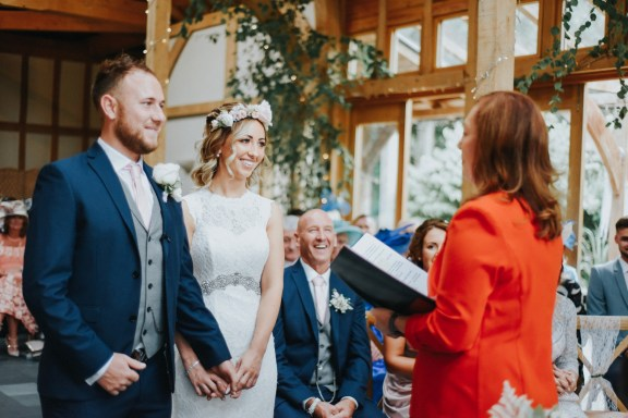 A Rustic Wedding at Oaktree Of Peover (c) Bobtale Photography (33)