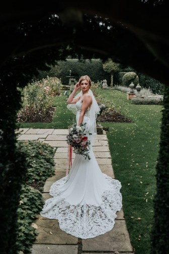 A Styled Bridal Shoot at Gawsworth Hall (c) Jenny Appleton (24)