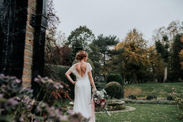 A Styled Bridal Shoot at Gawsworth Hall (c) Jenny Appleton (27)