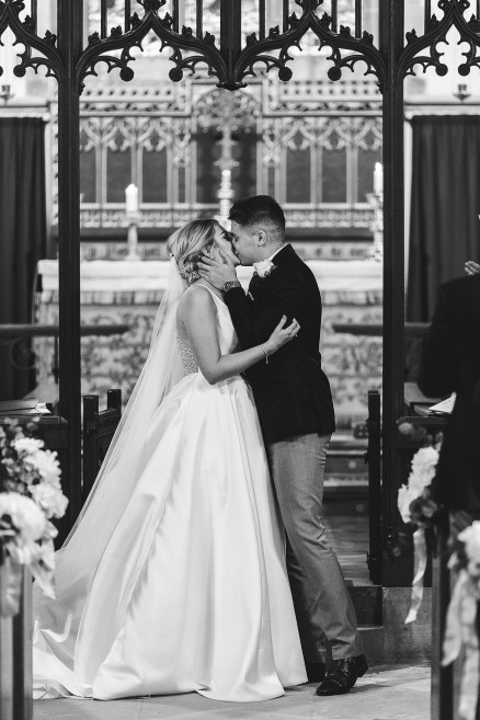 A Classic Wedding at Hazelwood Castle (c) Hayley Baxter Photography (22)