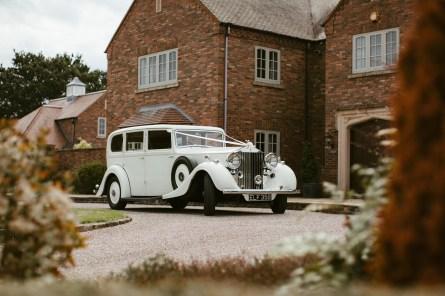 An Elegant Wedding at Home (c) Aaron Cheeseman (16)