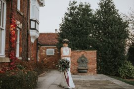 A Styled Bridal Shoot at Healing Manor (c) Holly Bryan Photography (29)
