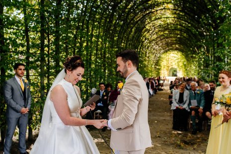 A Stylish Wedding at Alnwick Garden (c) Michal Ufniak (49)