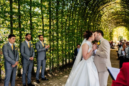A Stylish Wedding at Alnwick Garden (c) Michal Ufniak (56)