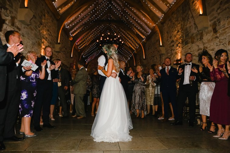 A Boho Luxe Wedding at Healey Barn (c) Helen Russell Photography (57)