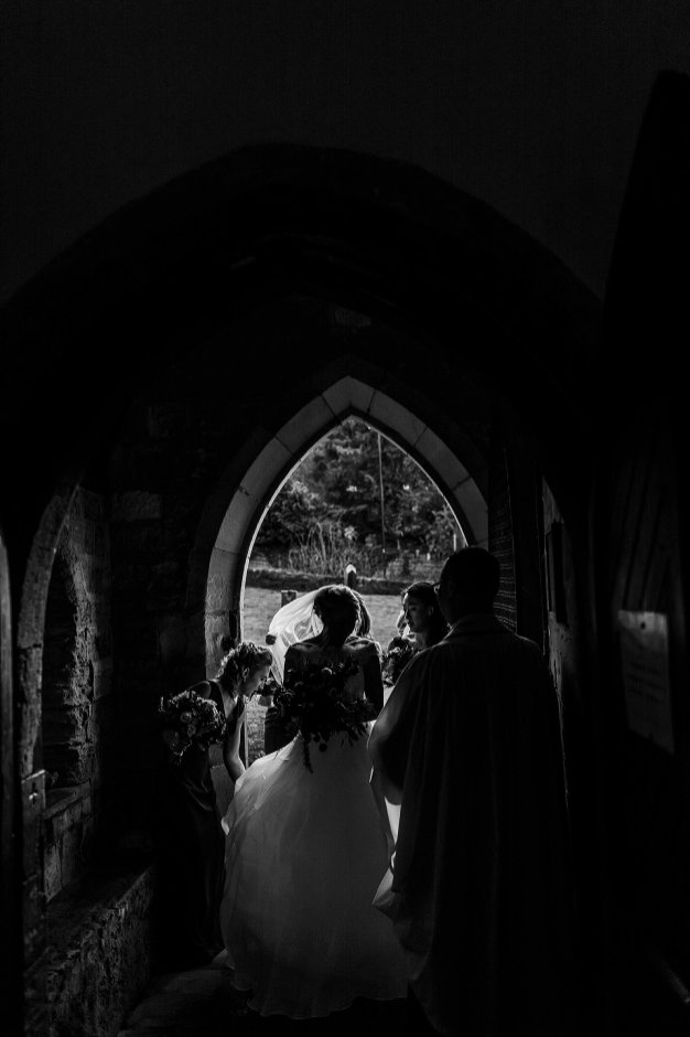 A Chic Winter Wedding at Wharfedale Grange (c) Daz Mack (17)