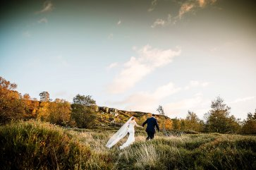 A Country Wedding at The New Hobbitt (c) Hayley Baxter Photography (43)